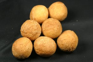 TS Cinnamon Powdered Sugar Plain Cake Holes